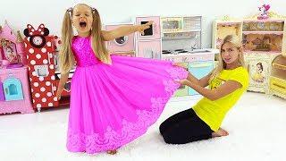 Diana & Maggie both want the same dress. Диана и Мэгги хотят в одном и том же платье