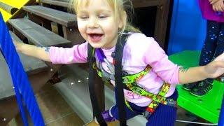 Тарзанка - развлечение для детей в развлекательном центре