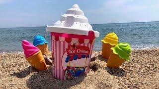 Путешествия для детей, пляжные приключения, новая игрушка