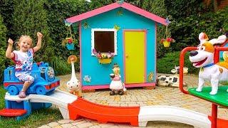 Живые Игрушки у Насти и Детская Площадка