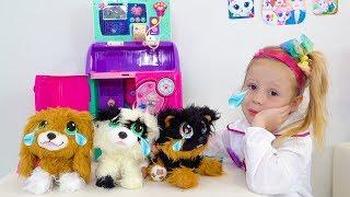 Настя и её новые игрушечные собачки с блохами