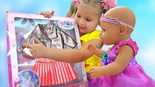 Диана как МАМА и новая Одежда для куклы Беби Бон