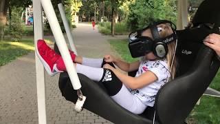 Алиса на СУПЕР Аттракционе Виртуальные Приключения Для Детей