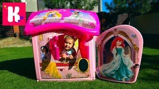 Принцессы Диснея Замок Принцесс большой домик для девочек Катя собирает игрушечный дом во дворе