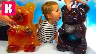 Огромный желейный Мега Медведь с мармеладными червяками делаем сами World Largest Gummy Bear