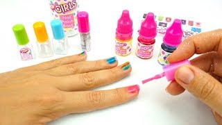 Игровой набор для девочек, делаем маникюр, красим ногти
