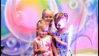 Алиса на дне рождения Алины  Шоу мыльных пузырей Entertainment for children