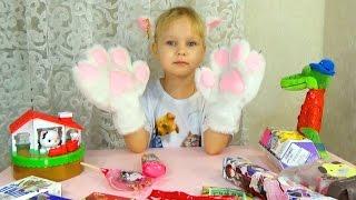 ВЛОГ У Лёши ужасное настроение  Разбираем игрушки Алисы  Новые шторы в комнату Лёши
