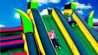Детскии игровои комплекс похожии на Надувнои батут  Детскии лабиринт  для детеи