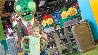 Детская игровая площадка из игры Зомби Видео для детей Funny Indoor Playground for kids