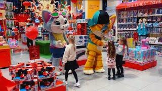 Алиса в магазине игрушек ХАМЛЕС