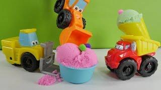 Игры для детей - мороженое для Чака и его друзей из кинетического песка