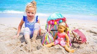 Настя и Кукла играют на детской площадке - Мой весёлый день