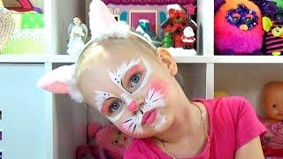 Алиса стала КОШЕЧКОЙ Аквагрим для детей Новогодние сюрпризы Alice CAT face painting for kids