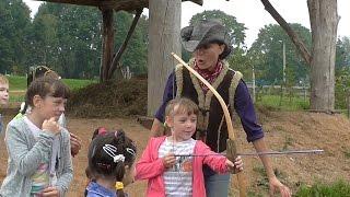 Игры на ранчо. Мы узнали ка можно сделать лук, стрелы и арбалет