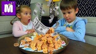 Челлендж ЛОТЕРЕЯ Шопинг на все деньги Зачем Максу микрофон Lottery Kids CHALLENGE Видео для детей