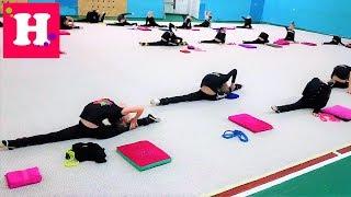 1 День на КАНИКУЛАХ гимнастки Николь - Групповая тренировка