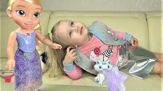 Эльза ПОЕТ ПЕСНИ и светится ХОЛОДНОЕ СЕРДЦЕ Северное сияние Интерактивная кукла для девочек
