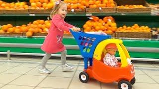 Кукла Беби Бон в супермаркете покупает новые игрушки. Настя КАК МАМА