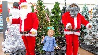 Готовимся к Новому Году. Покупаем ёлку, огромного Деда Мороза и Игрушки