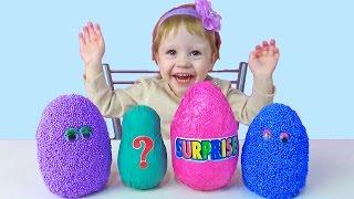 Большие яйца киндер сюрприз из шарикового пластилина с игрушками и посланиями